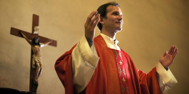 Los sacerdotes en su misión pastoral