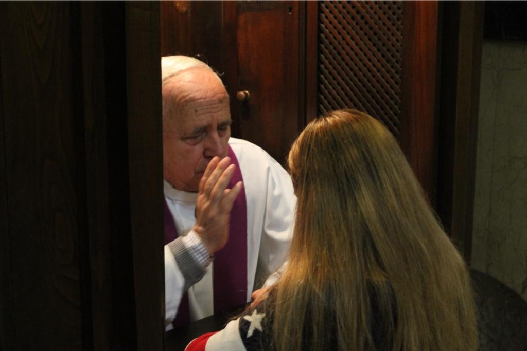 Vídeo: Primeras Confesiones